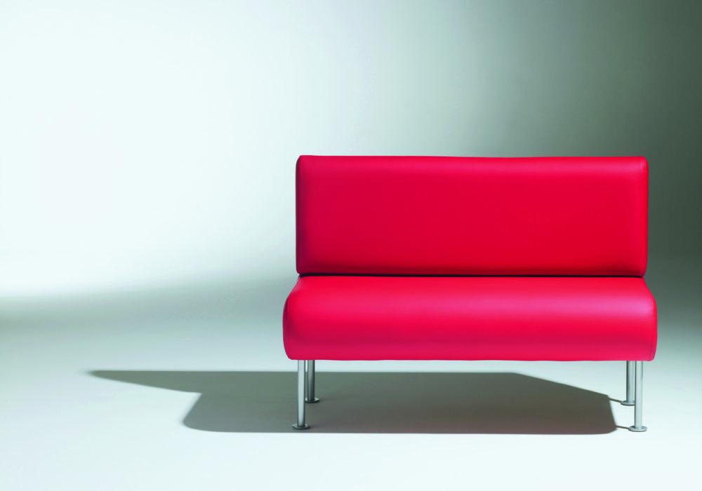 Banquette 502 / cuir rouge / banquette restauration / Editeur SOCA