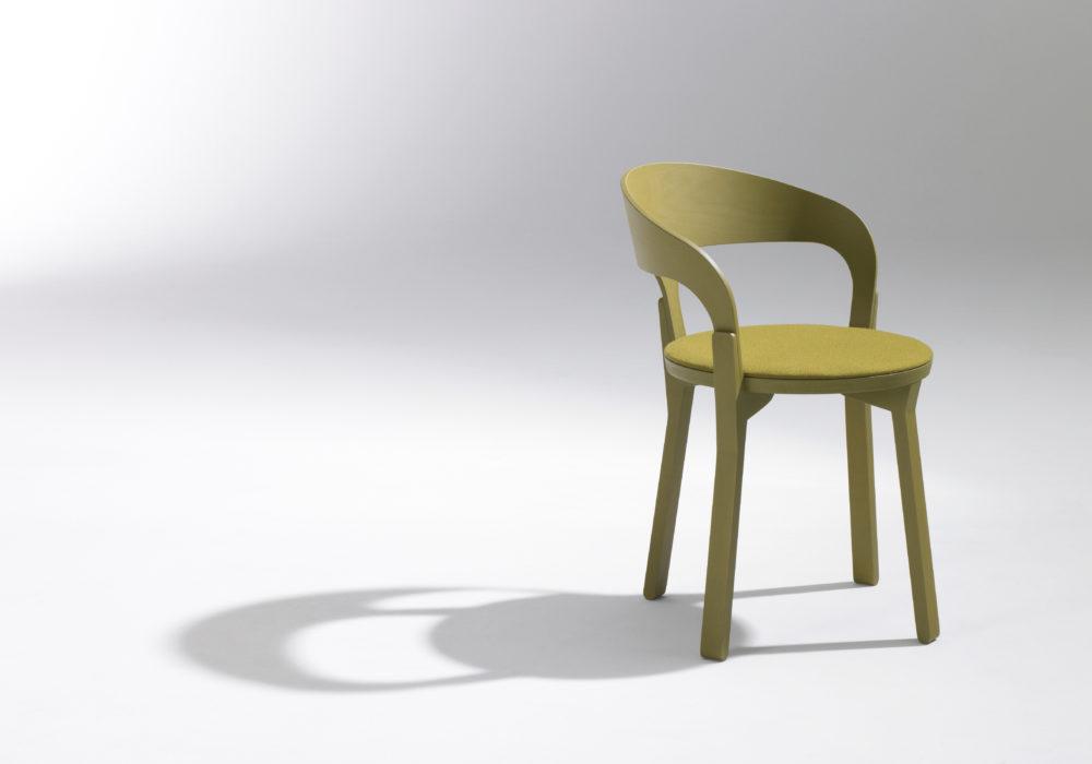 Chaise bridge en bois jaune / design contemporain / mobilier chr / Designer Jérôme Gauthier / Éditeur SOCA