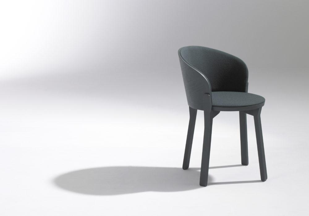 Chaise bridge en bois tapissée verte / design contemporain / mobilier chr / Designer Jérôme Gauthier / Éditeur SOCA