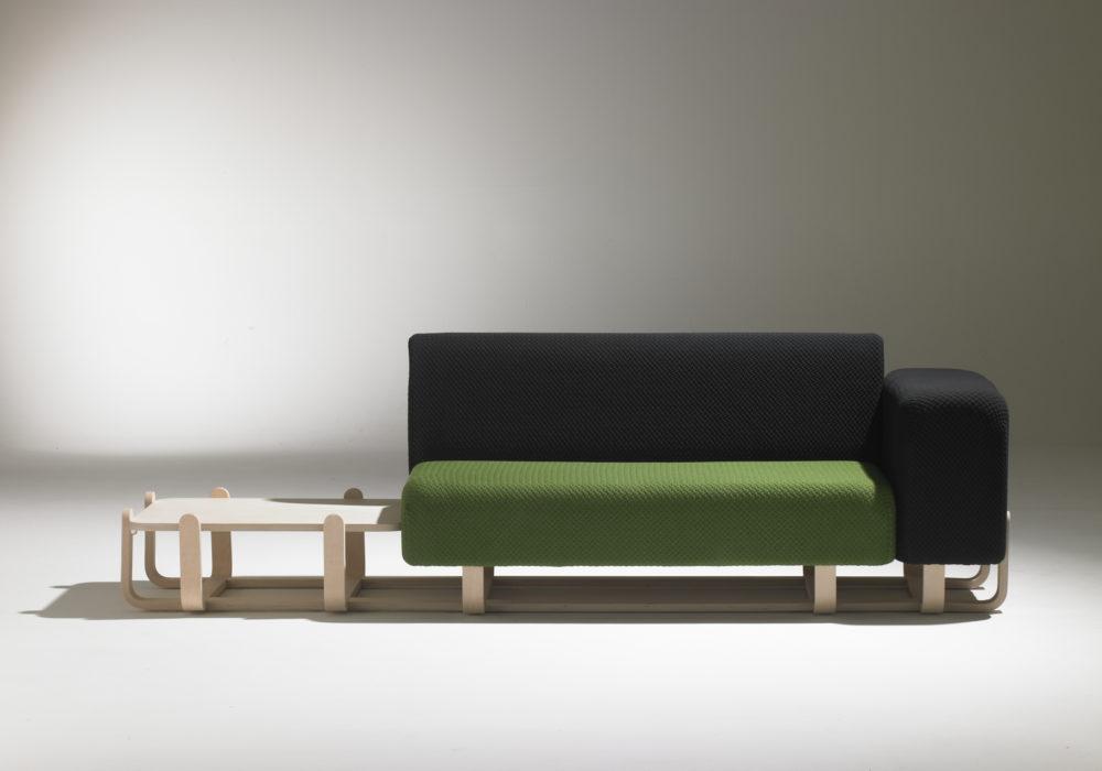 banquette canapé design tablette bois / tissu vert et noir / accoudoir / pied en bois / Soca / Designer Thierry D'Istria