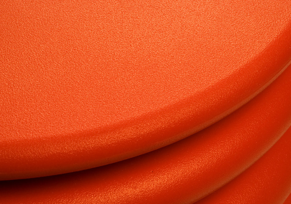 pouf contemporain design rouge SOCA Thierry D'Istria