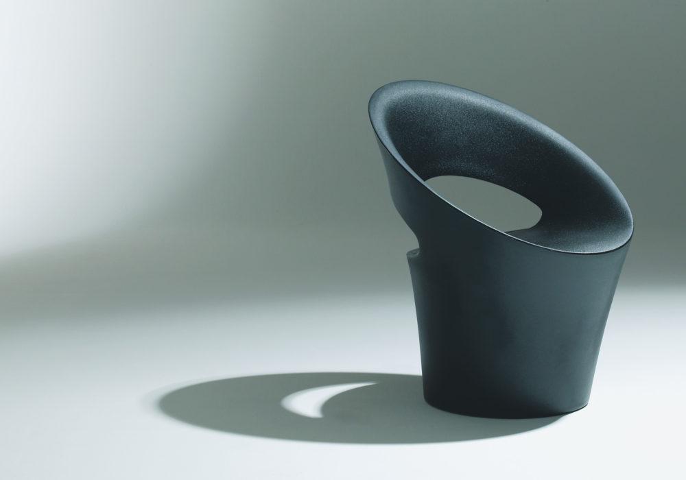 Fauteuil Tid'jou ! design noir en plastique Bruno Houssin Soca