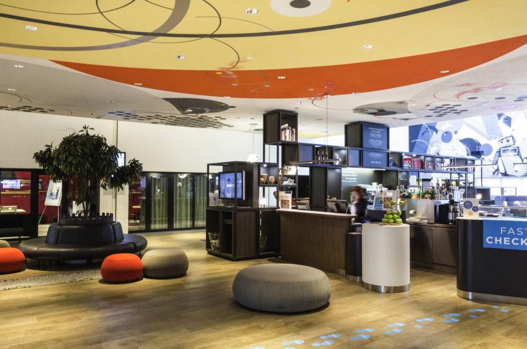 Hall entrée novotel milano linate aeroporto