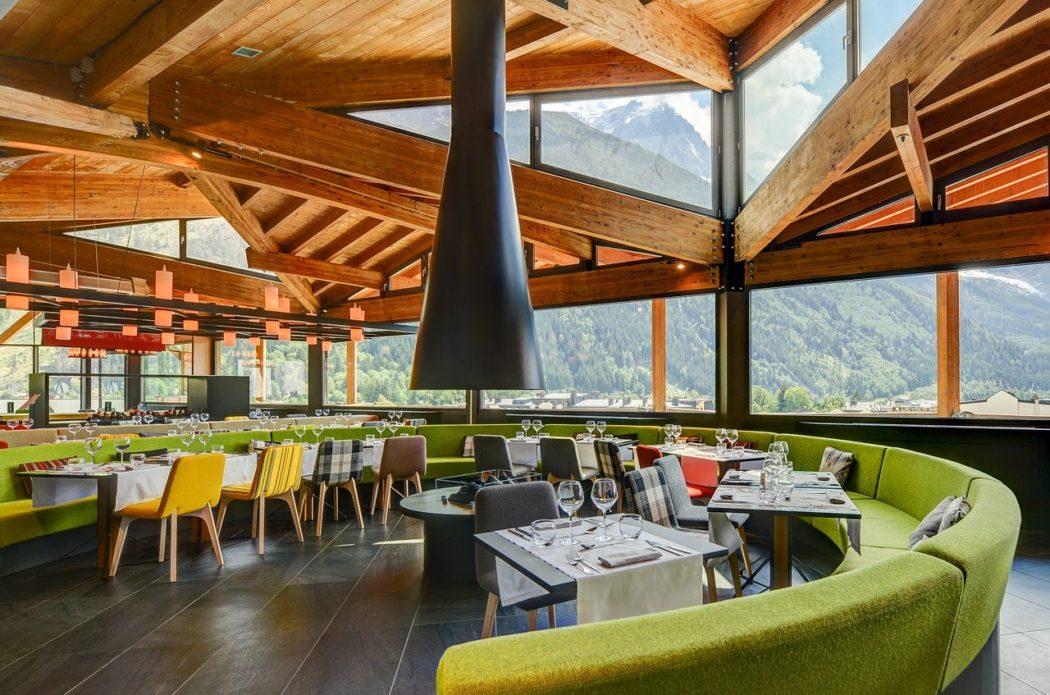 Banquette restaurant Hôtel Alpina Chamonix