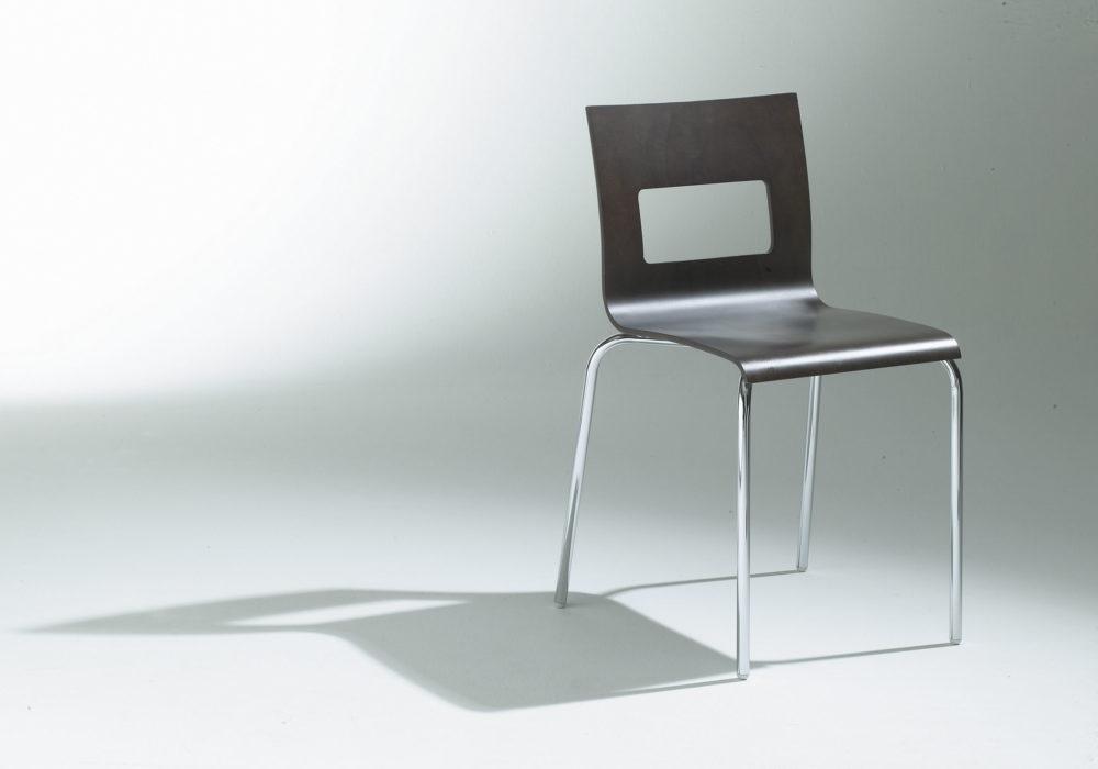 Chaise restaurant bois noire