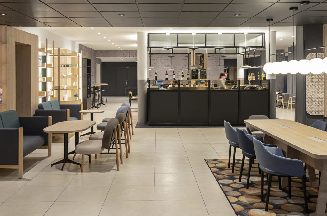 Bar et restaurant du Novotel Blois